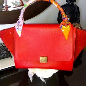 Celine Medium trapeze red vermillion